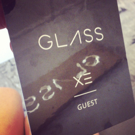 GlassBadge